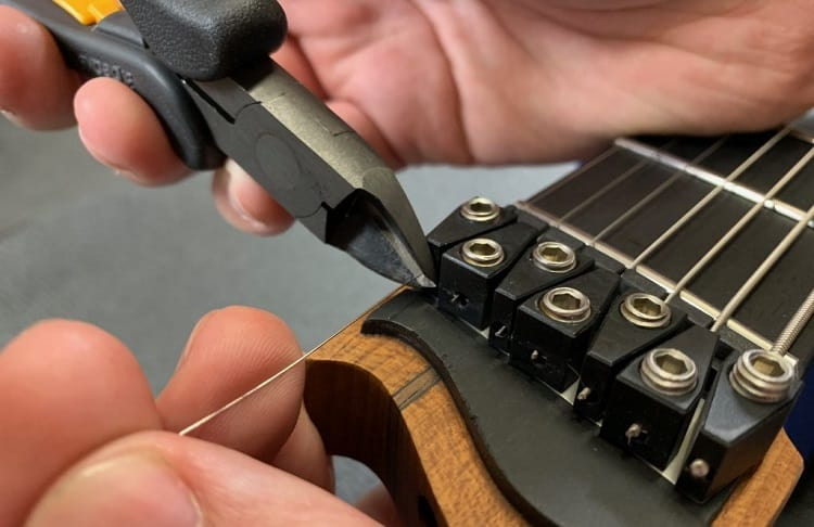 restring your own electric guitar
