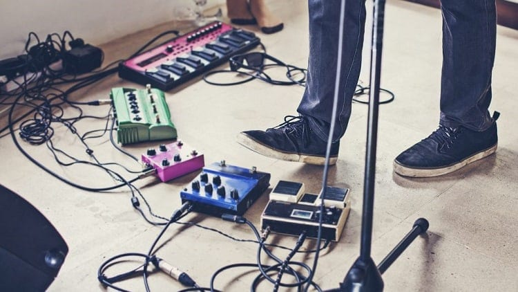 different types of guitar pedals